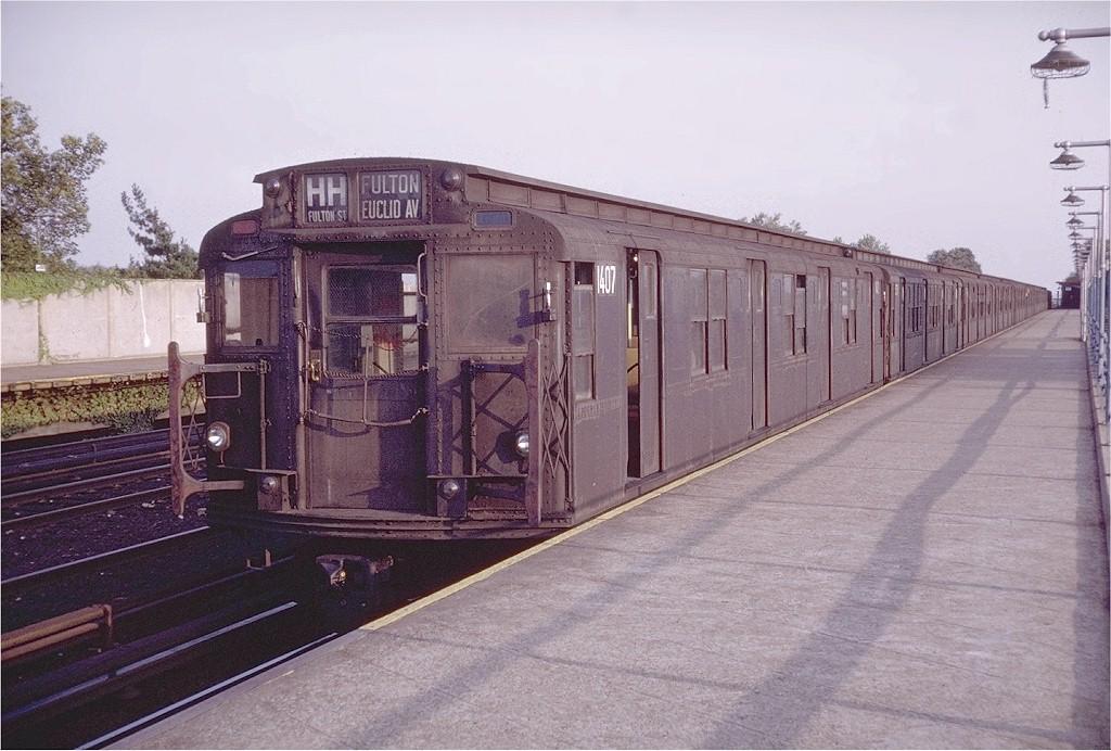 (198k, 1024x692)<br><b>Country:</b> United States<br><b>City:</b> New York<br><b>System:</b> New York City Transit<br><b>Line:</b> IND Rockaway<br><b>Location:</b> Aqueduct/North Conduit Avenue <br><b>Route:</b> HH<br><b>Car:</b> R-7 (American Car & Foundry, 1937)  1407 <br><b>Photo by:</b> Doug Grotjahn<br><b>Collection of:</b> Joe Testagrose<br><b>Date:</b> 9/9/1972<br><b>Viewed (this week/total):</b> 0 / 3721