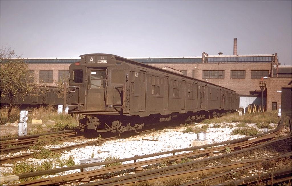 (205k, 1024x653)<br><b>Country:</b> United States<br><b>City:</b> New York<br><b>System:</b> New York City Transit<br><b>Location:</b> 207th Street Yard<br><b>Car:</b> R-7 (American Car & Foundry, 1937)  1439 <br><b>Photo by:</b> Willie Rosenberg<br><b>Collection of:</b> Joe Testagrose<br><b>Date:</b> 10/1962<br><b>Viewed (this week/total):</b> 1 / 3526