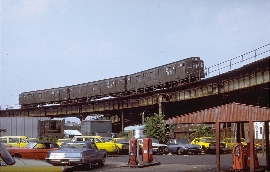 (187k, 1024x654)<br><b>Country:</b> United States<br><b>City:</b> New York<br><b>System:</b> New York City Transit<br><b>Line:</b> BMT Culver Line<br><b>Location:</b> Ditmas Avenue-Shuttle<br><b>Route:</b> Culver Shuttle<br><b>Car:</b> R-7 (American Car & Foundry, 1937)  1440 <br><b>Photo by:</b> Doug Grotjahn<br><b>Collection of:</b> Joe Testagrose<br><b>Date:</b> 9/4/1971<br><b>Viewed (this week/total):</b> 0 / 5714