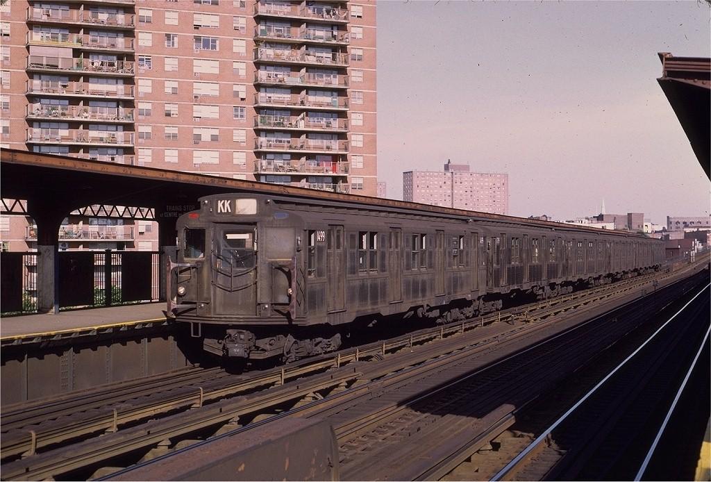 (233k, 1024x694)<br><b>Country:</b> United States<br><b>City:</b> New York<br><b>System:</b> New York City Transit<br><b>Line:</b> BMT Nassau Street/Jamaica Line<br><b>Location:</b> Lorimer Street <br><b>Route:</b> KK<br><b>Car:</b> R-7 (Pullman, 1937)  1499 <br><b>Photo by:</b> Joe Testagrose<br><b>Date:</b> 7/24/1972<br><b>Viewed (this week/total):</b> 0 / 2970