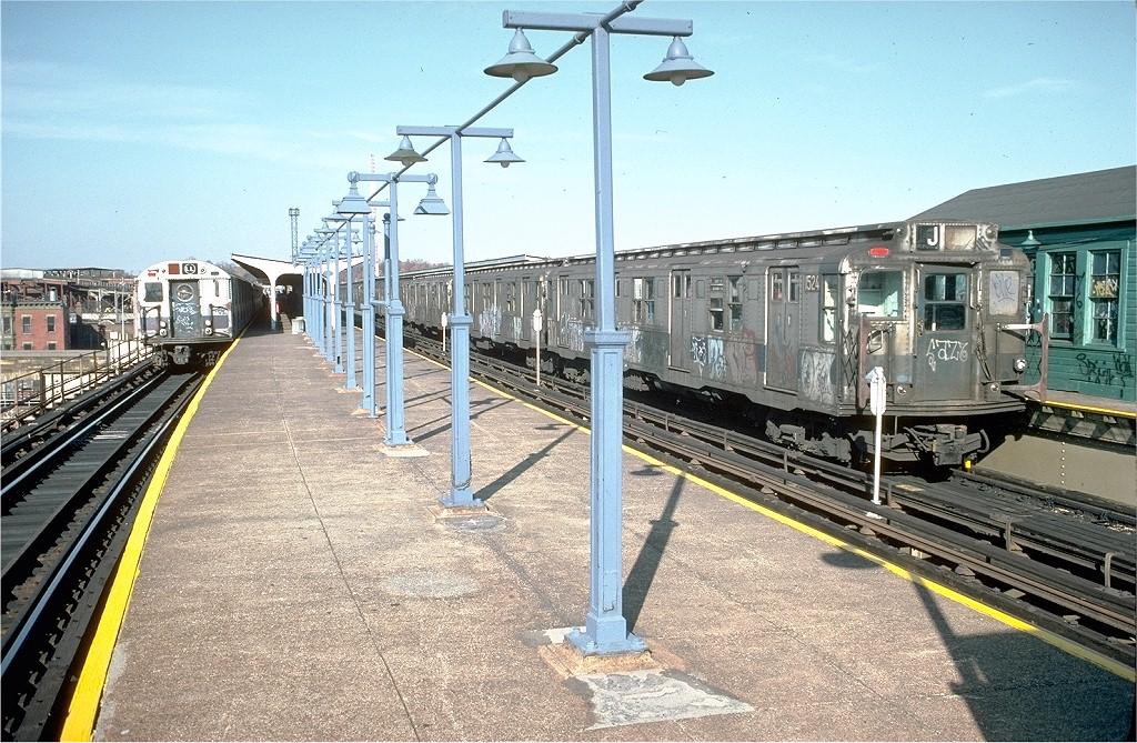 (271k, 1024x669)<br><b>Country:</b> United States<br><b>City:</b> New York<br><b>System:</b> New York City Transit<br><b>Line:</b> BMT Canarsie Line<br><b>Location:</b> Atlantic Avenue <br><b>Route:</b> L<br><b>Car:</b> R-7 (Pullman, 1937)  1524 <br><b>Photo by:</b> Joe Testagrose<br><b>Date:</b> 8/2/1970<br><b>Viewed (this week/total):</b> 5 / 3561