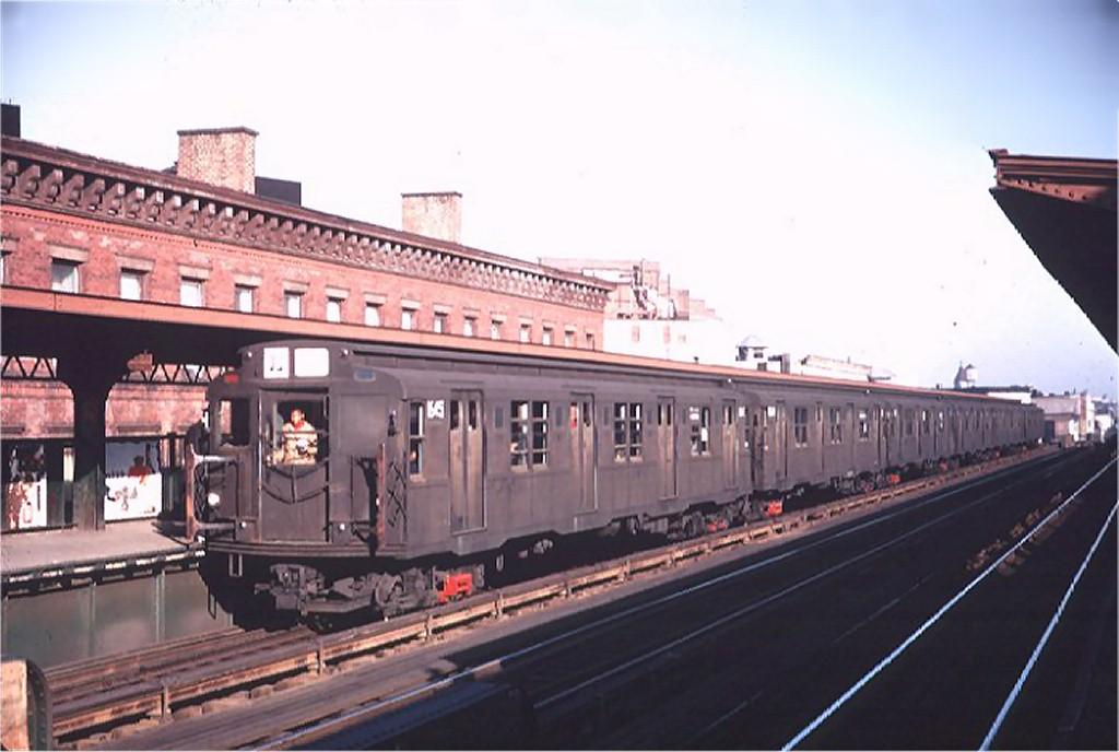 (143k, 1024x688)<br><b>Country:</b> United States<br><b>City:</b> New York<br><b>System:</b> New York City Transit<br><b>Line:</b> BMT Nassau Street/Jamaica Line<br><b>Location:</b> Gates Avenue <br><b>Route:</b> J<br><b>Car:</b> R-7 (Pullman, 1937)  1545 <br><b>Photo by:</b> Willie Rosenberg<br><b>Collection of:</b> Joe Testagrose<br><b>Date:</b> 5/22/1968<br><b>Viewed (this week/total):</b> 0 / 4649