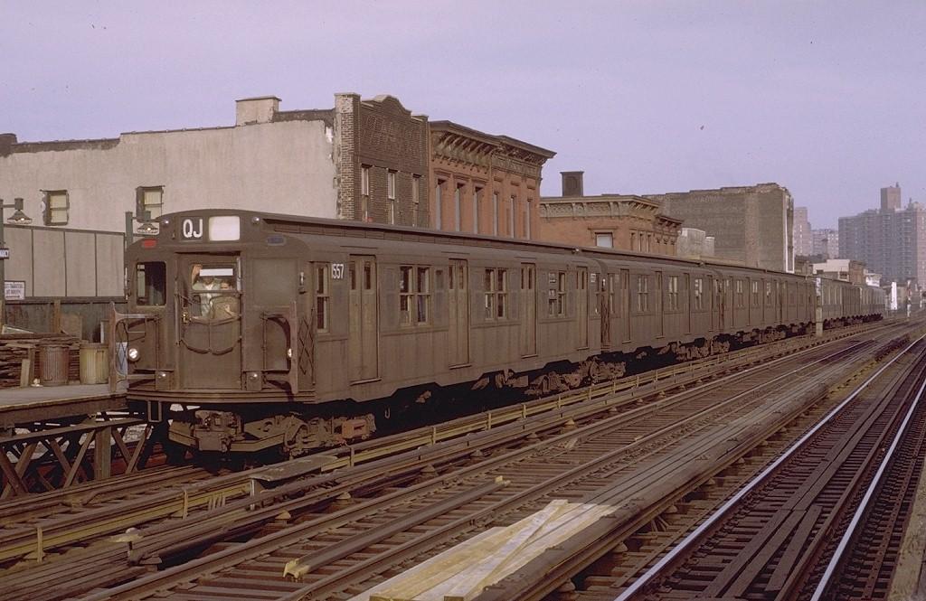 (201k, 1024x665)<br><b>Country:</b> United States<br><b>City:</b> New York<br><b>System:</b> New York City Transit<br><b>Line:</b> BMT Nassau Street/Jamaica Line<br><b>Location:</b> Marcy Avenue <br><b>Route:</b> QJ<br><b>Car:</b> R-7A (Pullman, 1938)  1557 <br><b>Collection of:</b> Joe Testagrose<br><b>Date:</b> 4/9/1971<br><b>Viewed (this week/total):</b> 2 / 2898