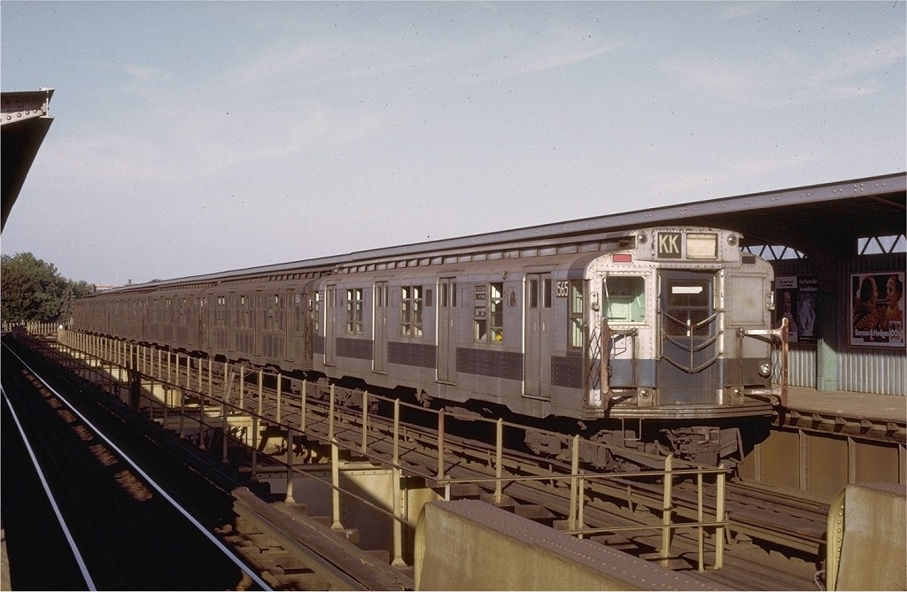 (179k, 1024x669)<br><b>Country:</b> United States<br><b>City:</b> New York<br><b>System:</b> New York City Transit<br><b>Line:</b> BMT Nassau Street/Jamaica Line<br><b>Location:</b> Cypress Hills <br><b>Route:</b> KK<br><b>Car:</b> R-7A (Pullman, 1938)  1565 <br><b>Photo by:</b> Joe Testagrose<br><b>Date:</b> 8/21/1972<br><b>Viewed (this week/total):</b> 1 / 3260