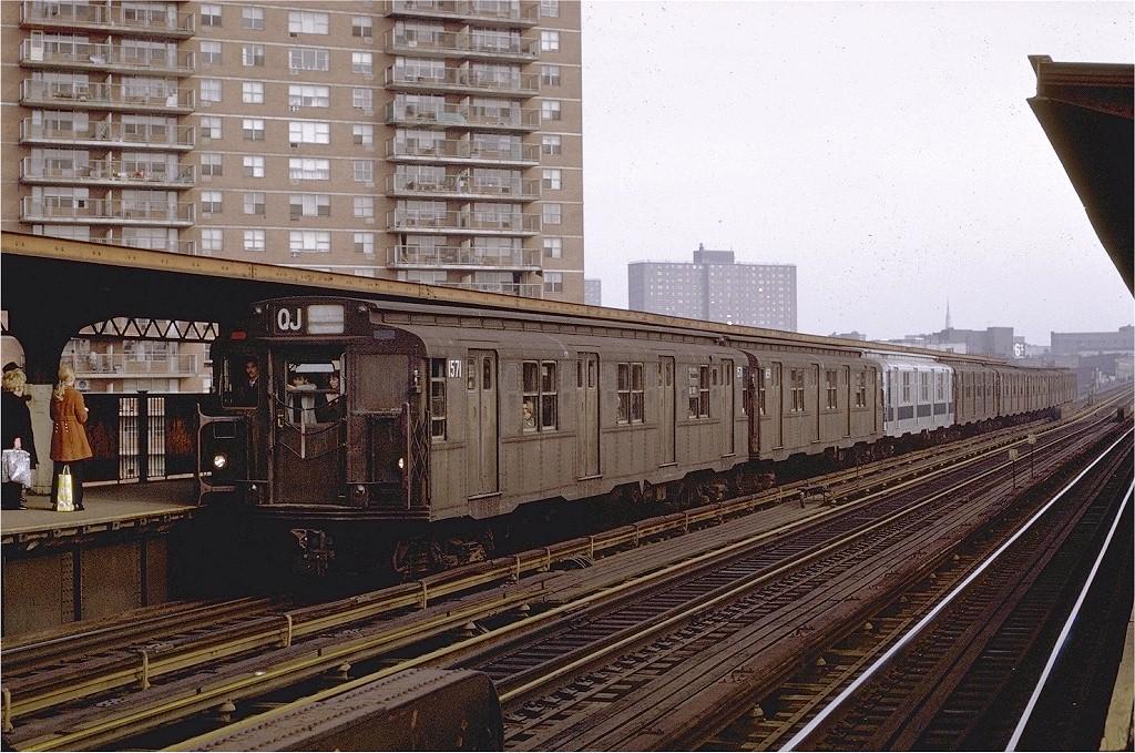 (263k, 1024x679)<br><b>Country:</b> United States<br><b>City:</b> New York<br><b>System:</b> New York City Transit<br><b>Line:</b> BMT Nassau Street/Jamaica Line<br><b>Location:</b> Lorimer Street <br><b>Route:</b> QJ<br><b>Car:</b> R-7A (Pullman, 1938)  1571 <br><b>Photo by:</b> Joe Testagrose<br><b>Date:</b> 2/27/1971<br><b>Viewed (this week/total):</b> 2 / 2674