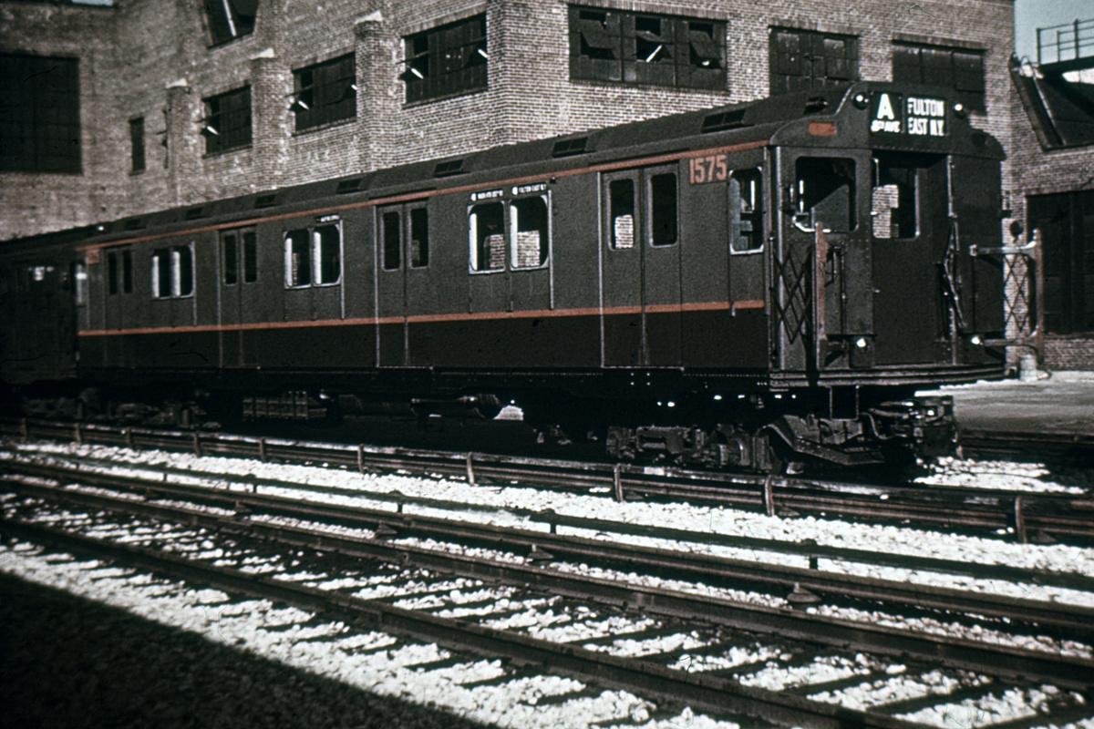 (426k, 1044x717)<br><b>Country:</b> United States<br><b>City:</b> New York<br><b>System:</b> New York City Transit<br><b>Location:</b> 207th Street Yard<br><b>Car:</b> R-7A (Pullman, 1938)  1575 <br><b>Collection of:</b> David Pirmann<br><b>Date:</b> 2/1965<br><b>Notes:</b> R10 prototype<br><b>Viewed (this week/total):</b> 4 / 4219