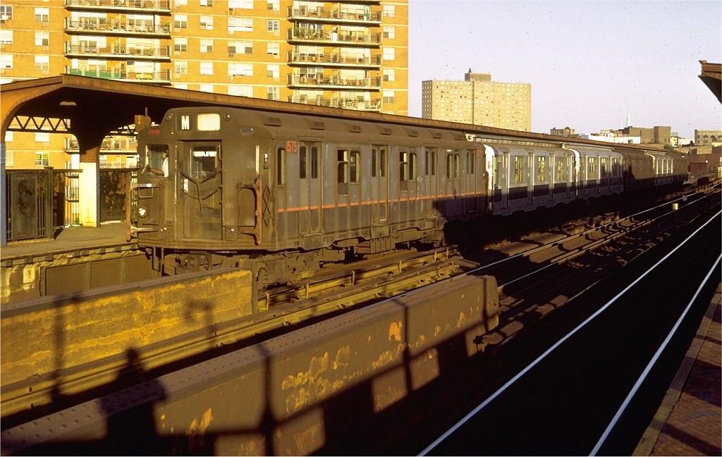 (201k, 1024x648)<br><b>Country:</b> United States<br><b>City:</b> New York<br><b>System:</b> New York City Transit<br><b>Line:</b> BMT Nassau Street/Jamaica Line<br><b>Location:</b> Lorimer Street <br><b>Route:</b> M<br><b>Car:</b> R-7A (Pullman, 1938)  1575 <br><b>Photo by:</b> Doug Grotjahn<br><b>Collection of:</b> Joe Testagrose<br><b>Date:</b> 8/24/1971<br><b>Notes:</b> R10 prototype<br><b>Viewed (this week/total):</b> 3 / 3254
