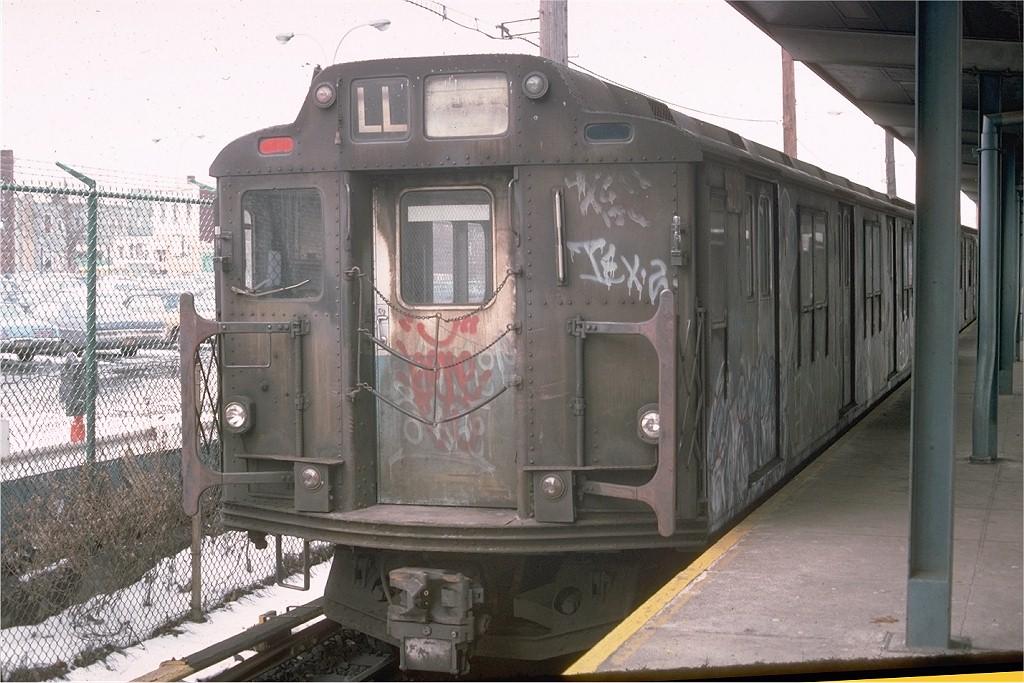 (201k, 1024x683)<br><b>Country:</b> United States<br><b>City:</b> New York<br><b>System:</b> New York City Transit<br><b>Line:</b> BMT Canarsie Line<br><b>Location:</b> East 105th Street<br><b>Route:</b> L<br><b>Car:</b> R-7A (Pullman, 1938) 1575 <br><b>Photo by:</b> Ed McKernan<br><b>Collection of:</b> Joe Testagrose<br><b>Date:</b> 2/1976<br><b>Viewed (this week/total):</b> 3 / 4192