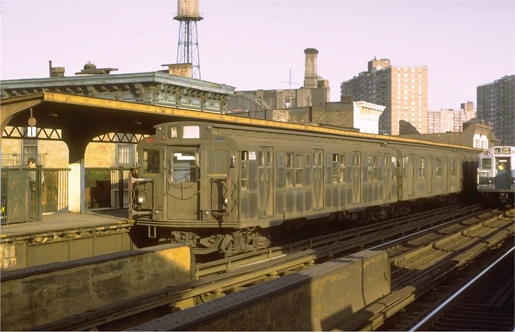 (185k, 1024x660)<br><b>Country:</b> United States<br><b>City:</b> New York<br><b>System:</b> New York City Transit<br><b>Line:</b> BMT Nassau Street/Jamaica Line<br><b>Location:</b> Hewes Street <br><b>Route:</b> M<br><b>Car:</b> R-7A (American Car & Foundry, 1938)  1606 <br><b>Collection of:</b> Joe Testagrose<br><b>Date:</b> 10/11/1971<br><b>Viewed (this week/total):</b> 3 / 3371