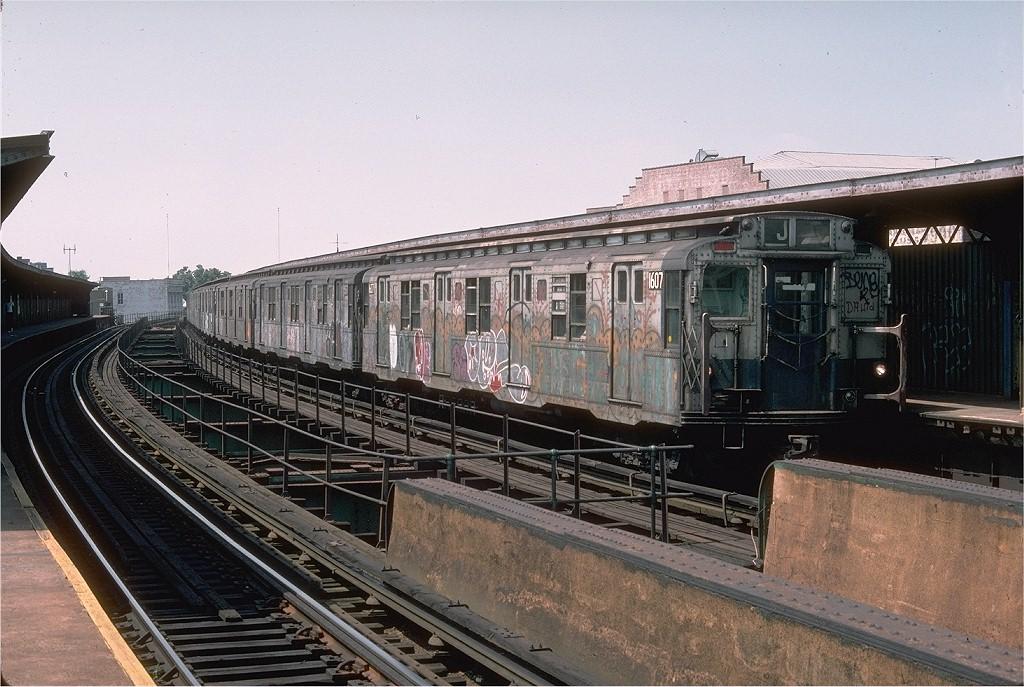 (222k, 1024x687)<br><b>Country:</b> United States<br><b>City:</b> New York<br><b>System:</b> New York City Transit<br><b>Line:</b> BMT Nassau Street/Jamaica Line<br><b>Location:</b> Sutphin Boulevard (Demolished) <br><b>Route:</b> J<br><b>Car:</b> R-7A (American Car & Foundry, 1938)  1607 <br><b>Collection of:</b> Joe Testagrose<br><b>Date:</b> 8/24/1976<br><b>Viewed (this week/total):</b> 3 / 5304