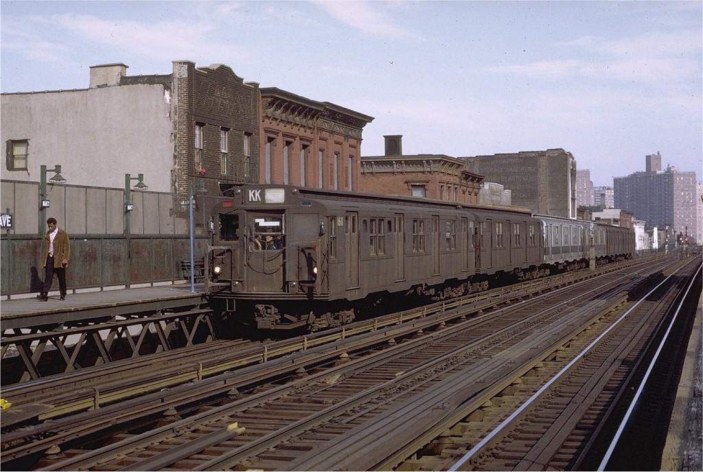 (218k, 1024x687)<br><b>Country:</b> United States<br><b>City:</b> New York<br><b>System:</b> New York City Transit<br><b>Line:</b> BMT Nassau Street/Jamaica Line<br><b>Location:</b> Marcy Avenue <br><b>Route:</b> KK<br><b>Car:</b> R-7A (American Car & Foundry, 1938)  1611 <br><b>Photo by:</b> Joe Testagrose<br><b>Date:</b> 4/9/1971<br><b>Viewed (this week/total):</b> 0 / 2634