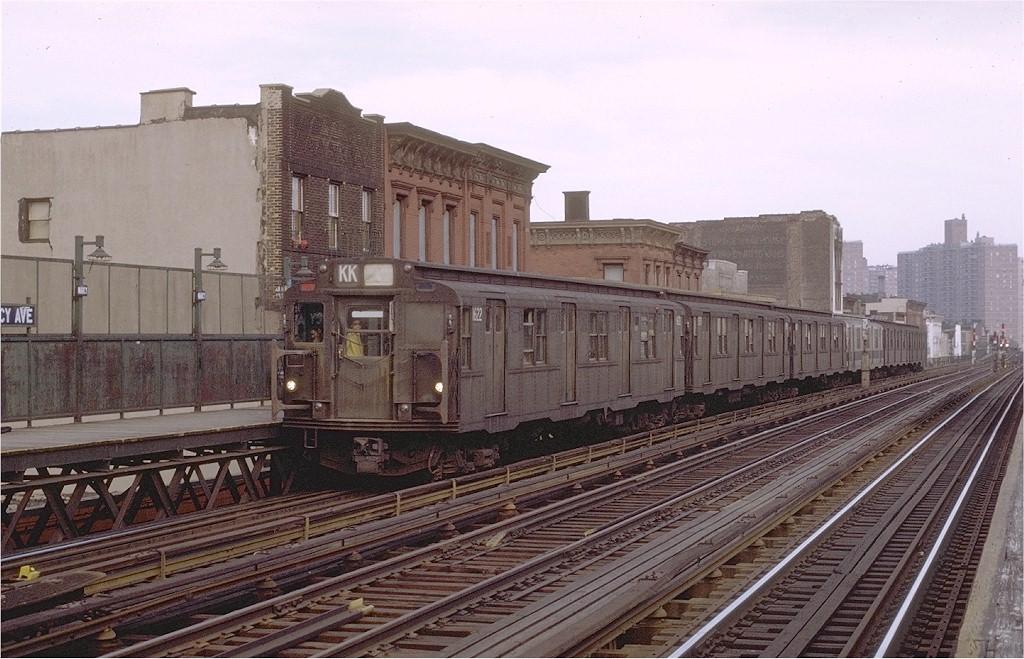 (210k, 1024x659)<br><b>Country:</b> United States<br><b>City:</b> New York<br><b>System:</b> New York City Transit<br><b>Line:</b> BMT Nassau Street/Jamaica Line<br><b>Location:</b> Marcy Avenue <br><b>Route:</b> KK<br><b>Car:</b> R-7A (American Car & Foundry, 1938)  1622 <br><b>Photo by:</b> Joe Testagrose<br><b>Date:</b> 4/9/1971<br><b>Viewed (this week/total):</b> 0 / 2832