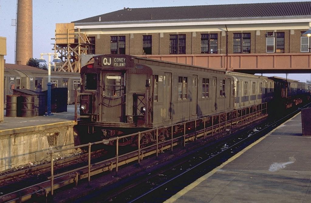(222k, 1024x668)<br><b>Country:</b> United States<br><b>City:</b> New York<br><b>System:</b> New York City Transit<br><b>Location:</b> Coney Island/Stillwell Avenue<br><b>Route:</b> QJ<br><b>Car:</b> R-9 (American Car & Foundry, 1940)  1662 <br><b>Photo by:</b> Doug Grotjahn<br><b>Collection of:</b> Joe Testagrose<br><b>Date:</b> 7/15/1971<br><b>Viewed (this week/total):</b> 2 / 4602