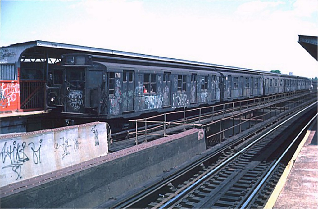 (164k, 1024x673)<br><b>Country:</b> United States<br><b>City:</b> New York<br><b>System:</b> New York City Transit<br><b>Line:</b> BMT Nassau Street/Jamaica Line<br><b>Location:</b> 102nd-104th Streets <br><b>Route:</b> J<br><b>Car:</b> R-9 (American Car & Foundry, 1940)  1701 <br><b>Photo by:</b> Doug Grotjahn<br><b>Collection of:</b> Joe Testagrose<br><b>Date:</b> 5/22/1976<br><b>Viewed (this week/total):</b> 0 / 6084
