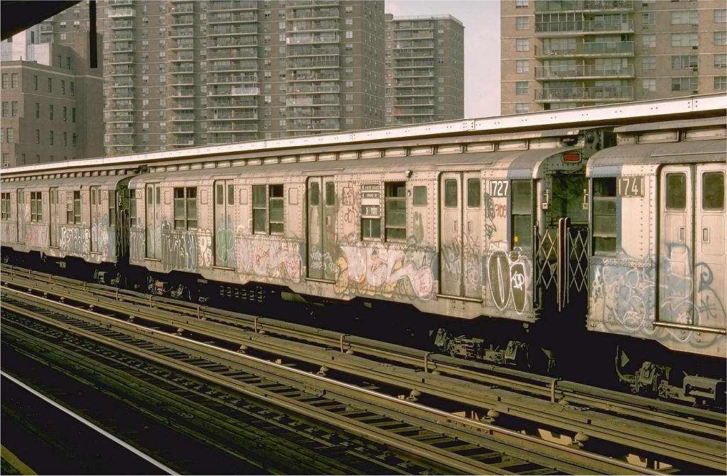 (253k, 1024x671)<br><b>Country:</b> United States<br><b>City:</b> New York<br><b>System:</b> New York City Transit<br><b>Line:</b> BMT Nassau Street/Jamaica Line<br><b>Location:</b> Lorimer Street <br><b>Route:</b> J<br><b>Car:</b> R-9 (Pressed Steel, 1940)  1727 (ex-1776)<br><b>Photo by:</b> Doug Grotjahn<br><b>Collection of:</b> Joe Testagrose<br><b>Date:</b> 8/24/1976<br><b>Viewed (this week/total):</b> 4 / 4898