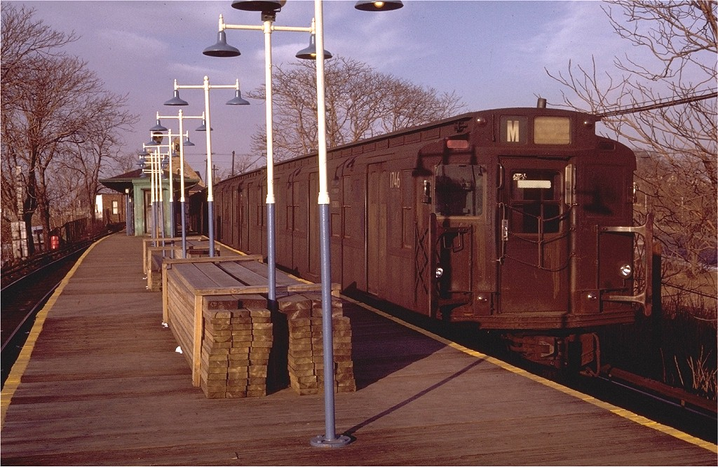 (234k, 1024x666)<br><b>Country:</b> United States<br><b>City:</b> New York<br><b>System:</b> New York City Transit<br><b>Line:</b> BMT Myrtle Avenue Line<br><b>Location:</b> Metropolitan Avenue <br><b>Route:</b> M<br><b>Car:</b> R-9 (Pressed Steel, 1940)  1746 <br><b>Photo by:</b> Doug Grotjahn<br><b>Collection of:</b> Joe Testagrose<br><b>Date:</b> 1/30/1971<br><b>Viewed (this week/total):</b> 5 / 3378
