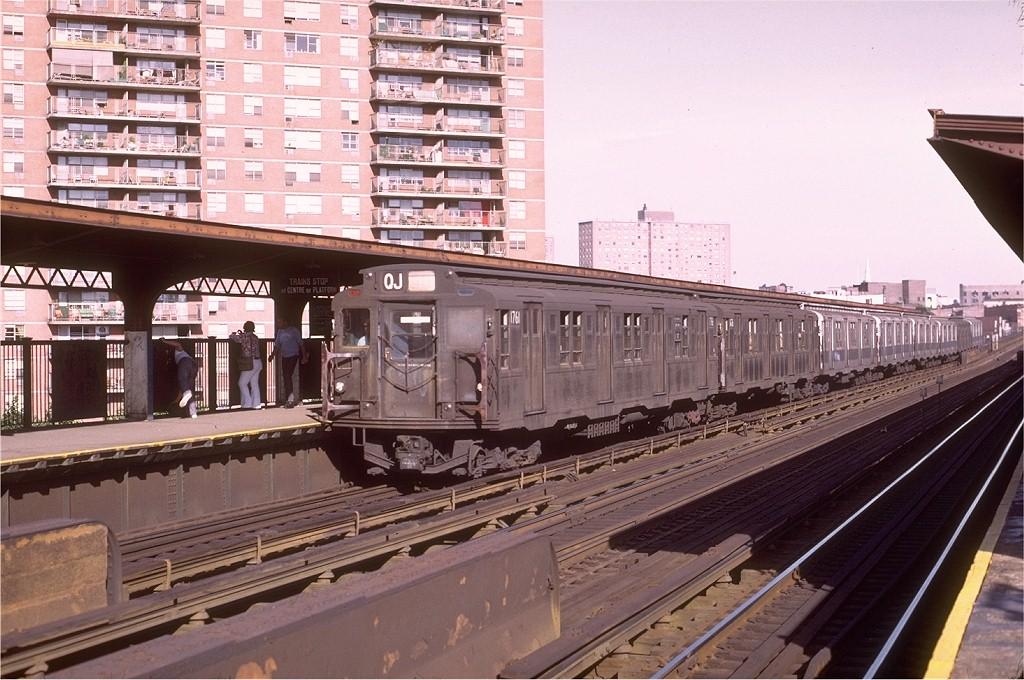 (219k, 1024x680)<br><b>Country:</b> United States<br><b>City:</b> New York<br><b>System:</b> New York City Transit<br><b>Line:</b> BMT Nassau Street/Jamaica Line<br><b>Location:</b> Lorimer Street <br><b>Route:</b> QJ<br><b>Car:</b> R-9 (Pressed Steel, 1940)  1761 <br><b>Photo by:</b> Joe Testagrose<br><b>Date:</b> 7/24/1972<br><b>Viewed (this week/total):</b> 3 / 3066