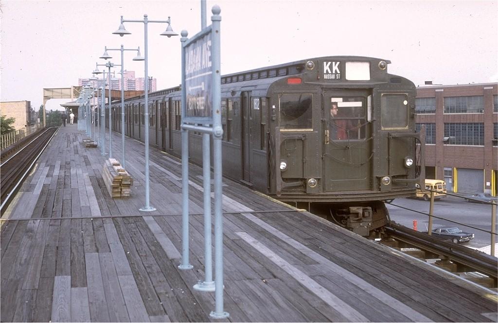 (184k, 1024x665)<br><b>Country:</b> United States<br><b>City:</b> New York<br><b>System:</b> New York City Transit<br><b>Line:</b> BMT Nassau Street/Jamaica Line<br><b>Location:</b> Alabama Avenue <br><b>Route:</b> KK<br><b>Car:</b> R-9 (Pressed Steel, 1940)  1802 <br><b>Photo by:</b> Doug Grotjahn<br><b>Collection of:</b> Joe Testagrose<br><b>Date:</b> 7/10/1972<br><b>Viewed (this week/total):</b> 0 / 4587