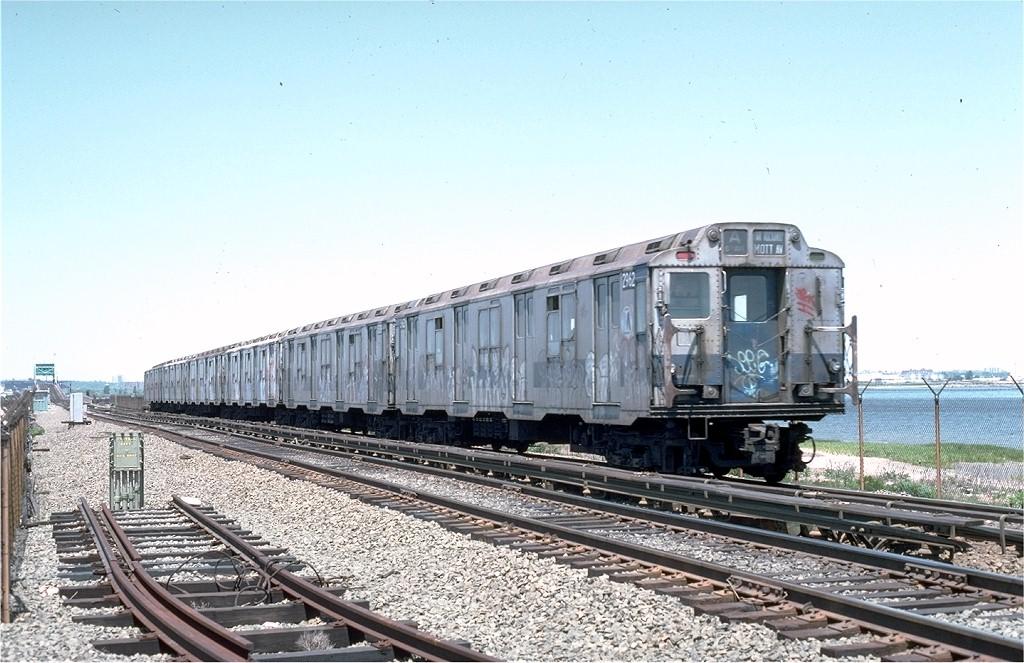 (205k, 1024x663)<br><b>Country:</b> United States<br><b>City:</b> New York<br><b>System:</b> New York City Transit<br><b>Line:</b> IND Rockaway<br><b>Location:</b> Jamaica Bay Crossing<br><b>Route:</b> A<br><b>Car:</b> R-10 (American Car & Foundry, 1948) 2962 (ex-1815)<br><b>Photo by:</b> Joe Testagrose<br><b>Date:</b> 6/4/1977<br><b>Viewed (this week/total):</b> 1 / 5158