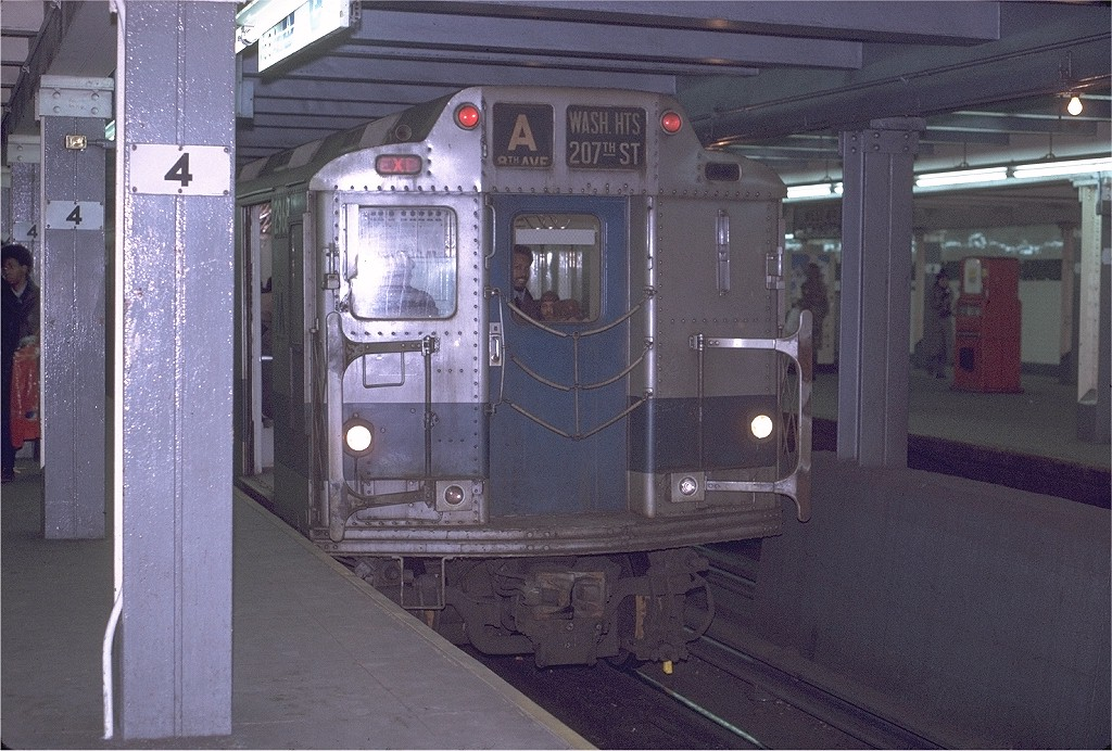 (224k, 1024x692)<br><b>Country:</b> United States<br><b>City:</b> New York<br><b>System:</b> New York City Transit<br><b>Line:</b> IND 8th Avenue Line<br><b>Location:</b> West 4th Street/Washington Square <br><b>Route:</b> A<br><b>Car:</b> R-10 (American Car & Foundry, 1948) 2968 (ex-1821)<br><b>Photo by:</b> Joe Testagrose<br><b>Date:</b> 1/22/1971<br><b>Viewed (this week/total):</b> 3 / 4964