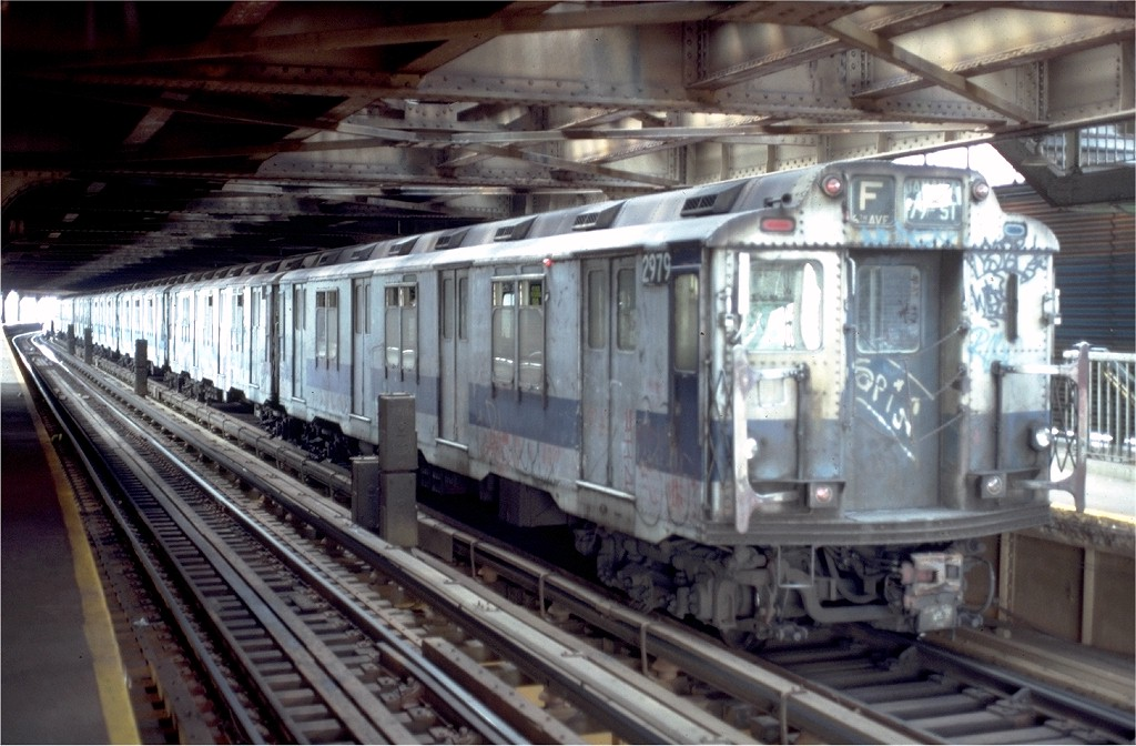 (189k, 1024x672)<br><b>Country:</b> United States<br><b>City:</b> New York<br><b>System:</b> New York City Transit<br><b>Line:</b> BMT Culver Line<br><b>Location:</b> West 8th Street <br><b>Route:</b> F<br><b>Car:</b> R-10 (American Car & Foundry, 1948) 2979 (ex-1832)<br><b>Collection of:</b> Joe Testagrose<br><b>Date:</b> 8/9/1980<br><b>Viewed (this week/total):</b> 6 / 6679