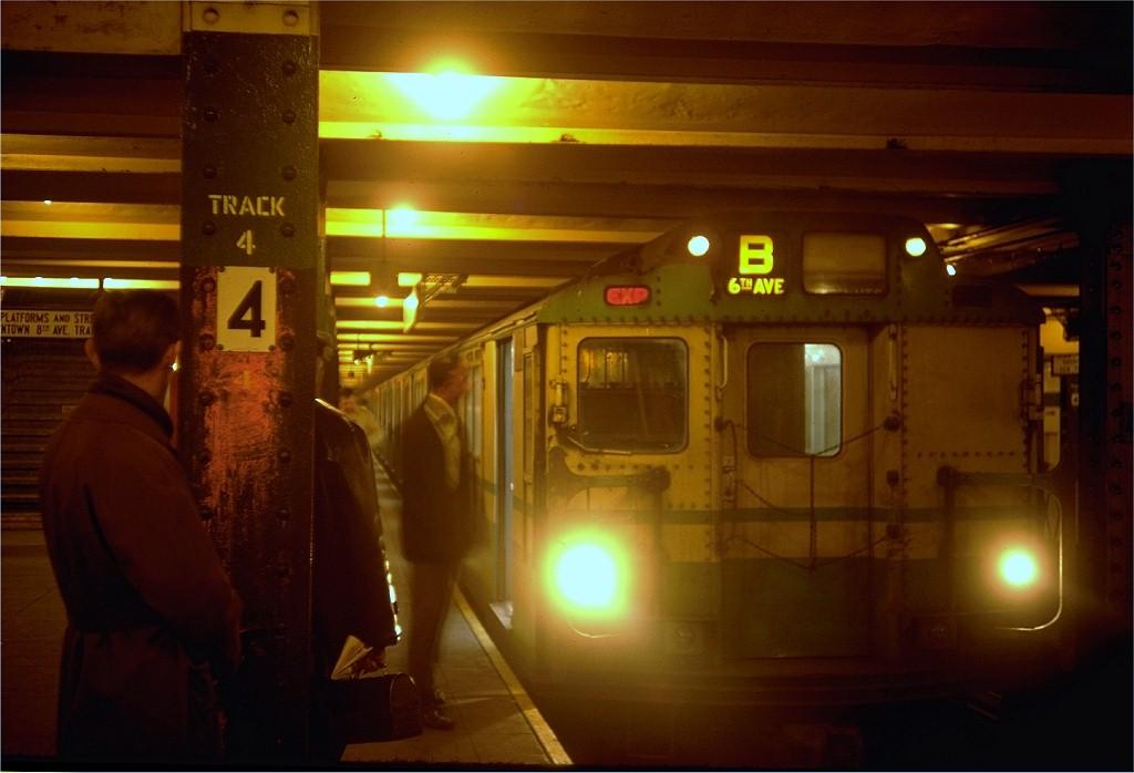 (137k, 1024x698)<br><b>Country:</b> United States<br><b>City:</b> New York<br><b>System:</b> New York City Transit<br><b>Line:</b> IND 6th Avenue Line<br><b>Location:</b> West 4th Street/Washington Square <br><b>Route:</b> B<br><b>Car:</b> R-10 (American Car & Foundry, 1948) 3022 <br><b>Photo by:</b> Doug Grotjahn<br><b>Collection of:</b> Joe Testagrose<br><b>Date:</b> 3/13/1968<br><b>Viewed (this week/total):</b> 2 / 5981