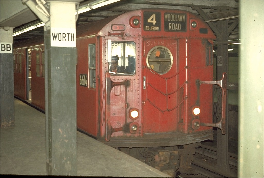 (157k, 1024x691)<br><b>Country:</b> United States<br><b>City:</b> New York<br><b>System:</b> New York City Transit<br><b>Line:</b> IRT East Side Line<br><b>Location:</b> Brooklyn Bridge/City Hall <br><b>Route:</b> 4<br><b>Car:</b> R-17 (St. Louis, 1955-56) 6614 <br><b>Photo by:</b> Joe Testagrose<br><b>Date:</b> 4/2/1970<br><b>Viewed (this week/total):</b> 0 / 3145