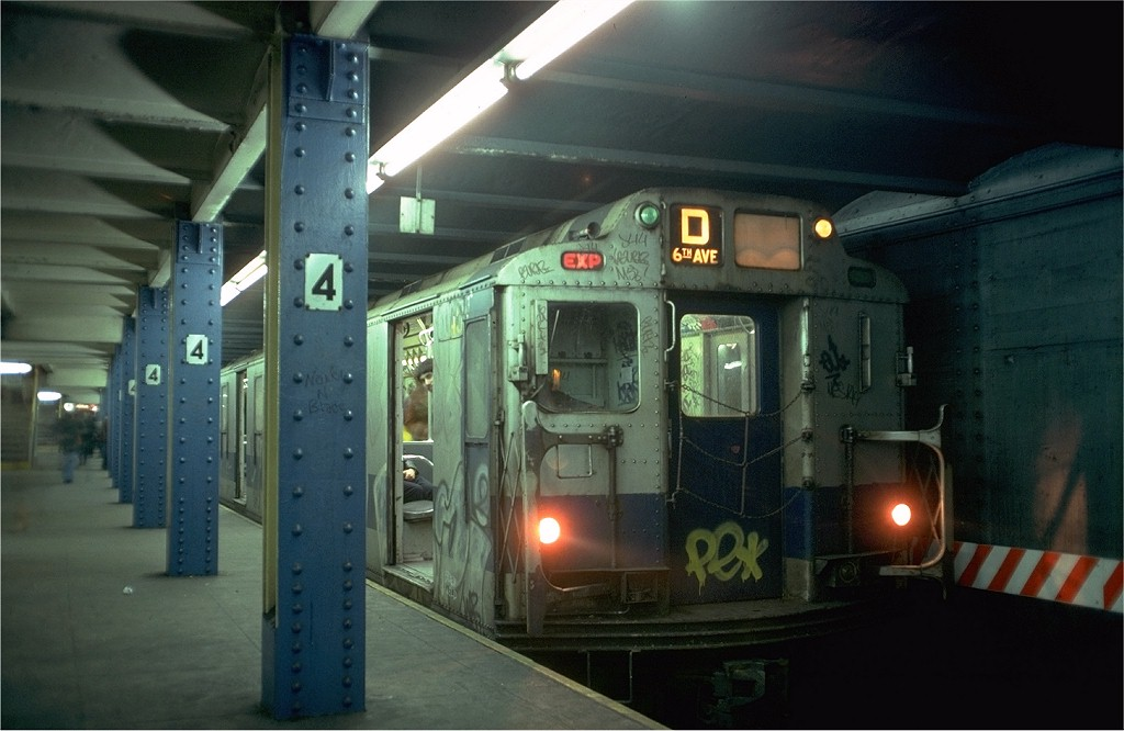 (154k, 1024x666)<br><b>Country:</b> United States<br><b>City:</b> New York<br><b>System:</b> New York City Transit<br><b>Line:</b> IND 6th Avenue Line<br><b>Location:</b> West 4th Street/Washington Square <br><b>Route:</b> D<br><b>Car:</b> R-10 (American Car & Foundry, 1948) 3045 <br><b>Photo by:</b> Doug Grotjahn<br><b>Collection of:</b> Joe Testagrose<br><b>Date:</b> 2/17/1978<br><b>Viewed (this week/total):</b> 2 / 6478