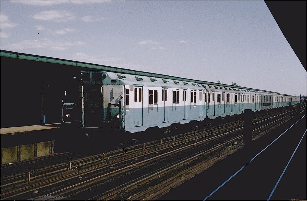 (173k, 1024x669)<br><b>Country:</b> United States<br><b>City:</b> New York<br><b>System:</b> New York City Transit<br><b>Line:</b> IND Fulton Street Line<br><b>Location:</b> 80th Street/Hudson Street <br><b>Route:</b> A<br><b>Car:</b> R-10 (American Car & Foundry, 1948) 3063 <br><b>Photo by:</b> Joe Testagrose<br><b>Date:</b> 9/12/1970<br><b>Viewed (this week/total):</b> 0 / 3239