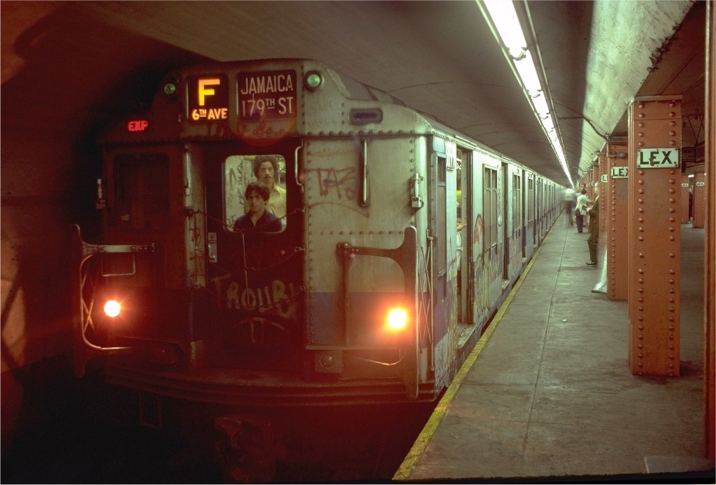 (168k, 1024x694)<br><b>Country:</b> United States<br><b>City:</b> New York<br><b>System:</b> New York City Transit<br><b>Line:</b> IND Queens Boulevard Line<br><b>Location:</b> Lexington Avenue-53rd Street <br><b>Route:</b> F<br><b>Car:</b> R-10 (American Car & Foundry, 1948) 3099 <br><b>Photo by:</b> Joe Testagrose<br><b>Viewed (this week/total):</b> 6 / 5822