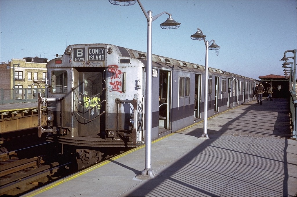 (214k, 1024x682)<br><b>Country:</b> United States<br><b>City:</b> New York<br><b>System:</b> New York City Transit<br><b>Line:</b> BMT West End Line<br><b>Location:</b> 55th Street <br><b>Route:</b> B<br><b>Car:</b> R-10 (American Car & Foundry, 1948) 3116 <br><b>Photo by:</b> Doug Grotjahn<br><b>Collection of:</b> Joe Testagrose<br><b>Date:</b> 11/29/1974<br><b>Viewed (this week/total):</b> 1 / 3748