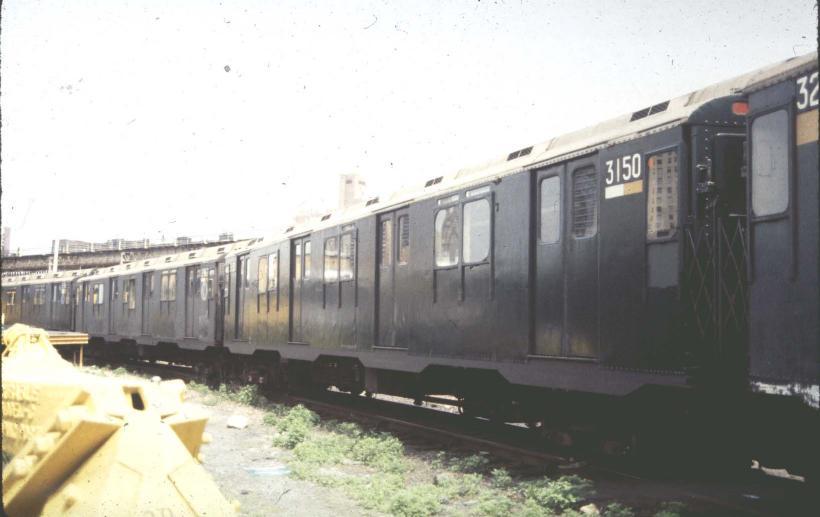 (43k, 820x517)<br><b>Country:</b> United States<br><b>City:</b> New York<br><b>System:</b> New York City Transit<br><b>Location:</b> Concourse Yard<br><b>Car:</b> R-10 (American Car & Foundry, 1948) 3150 <br><b>Photo by:</b> Harold<br><b>Date:</b> 5/1988<br><b>Viewed (this week/total):</b> 2 / 3527