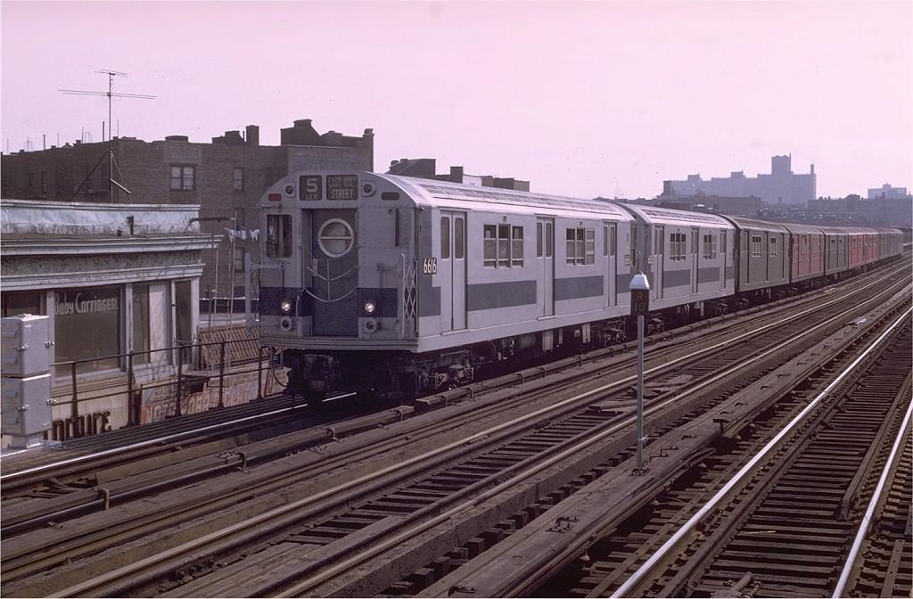 (195k, 1024x672)<br><b>Country:</b> United States<br><b>City:</b> New York<br><b>System:</b> New York City Transit<br><b>Line:</b> IRT White Plains Road Line<br><b>Location:</b> Simpson Street <br><b>Route:</b> 5<br><b>Car:</b> R-17 (St. Louis, 1955-56) 6616 <br><b>Photo by:</b> Joe Testagrose<br><b>Date:</b> 5/9/1970<br><b>Viewed (this week/total):</b> 2 / 2871