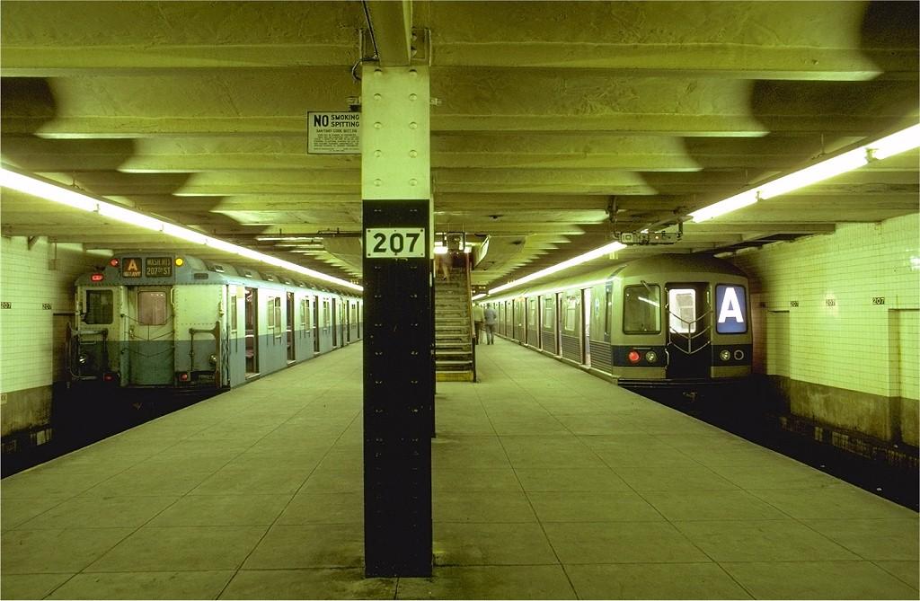 (188k, 1024x669)<br><b>Country:</b> United States<br><b>City:</b> New York<br><b>System:</b> New York City Transit<br><b>Line:</b> IND 8th Avenue Line<br><b>Location:</b> 207th Street <br><b>Route:</b> A<br><b>Car:</b> R-10 (American Car & Foundry, 1948) 3190 <br><b>Photo by:</b> Joe Testagrose<br><b>Date:</b> 10/18/1969<br><b>Notes:</b> With R42 4660<br><b>Viewed (this week/total):</b> 18 / 6559