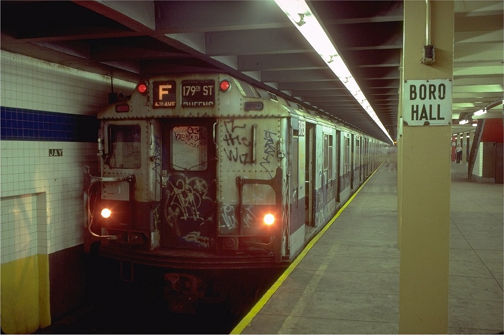(178k, 1024x680)<br><b>Country:</b> United States<br><b>City:</b> New York<br><b>System:</b> New York City Transit<br><b>Line:</b> IND 8th Avenue Line<br><b>Location:</b> Jay St./Metrotech (Borough Hall) <br><b>Route:</b> F<br><b>Car:</b> R-10 (American Car & Foundry, 1948) 3193 <br><b>Collection of:</b> Joe Testagrose<br><b>Date:</b> 8/15/1980<br><b>Viewed (this week/total):</b> 2 / 5523