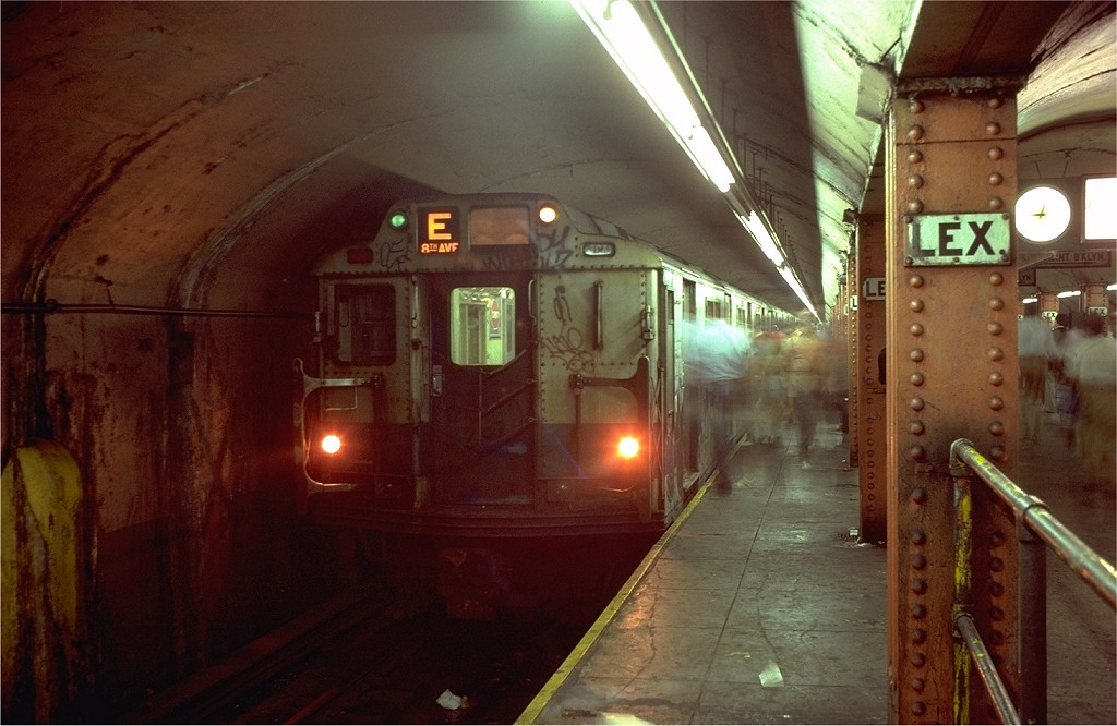 (169k, 1024x666)<br><b>Country:</b> United States<br><b>City:</b> New York<br><b>System:</b> New York City Transit<br><b>Line:</b> IND Queens Boulevard Line<br><b>Location:</b> Lexington Avenue-53rd Street <br><b>Route:</b> E<br><b>Car:</b> R-10 (American Car & Foundry, 1948) 3247 <br><b>Photo by:</b> Doug Grotjahn<br><b>Collection of:</b> Joe Testagrose<br><b>Date:</b> 8/14/1980<br><b>Viewed (this week/total):</b> 0 / 7770