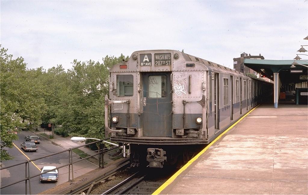 (207k, 1024x650)<br><b>Country:</b> United States<br><b>City:</b> New York<br><b>System:</b> New York City Transit<br><b>Line:</b> IND Rockaway<br><b>Location:</b> Mott Avenue/Far Rockaway <br><b>Route:</b> A<br><b>Car:</b> R-10 (American Car & Foundry, 1948) 3263 <br><b>Collection of:</b> Joe Testagrose<br><b>Date:</b> 9/2/1974<br><b>Viewed (this week/total):</b> 4 / 4808