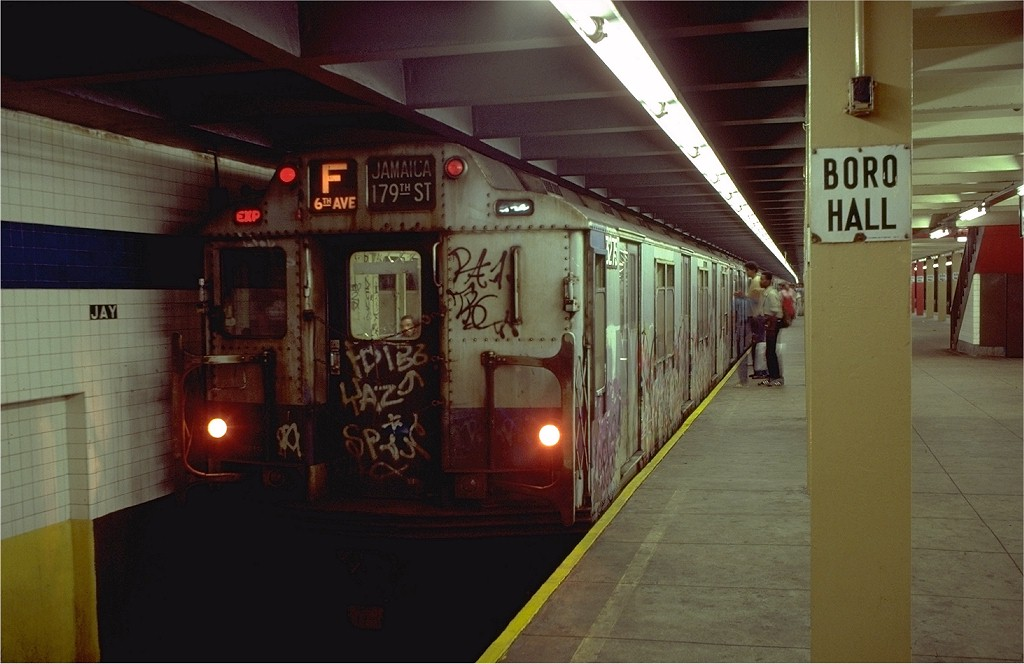 (153k, 1024x664)<br><b>Country:</b> United States<br><b>City:</b> New York<br><b>System:</b> New York City Transit<br><b>Line:</b> IND 8th Avenue Line<br><b>Location:</b> Jay St./Metrotech (Borough Hall) <br><b>Route:</b> F<br><b>Car:</b> R-10 (American Car & Foundry, 1948) 3275 <br><b>Collection of:</b> Joe Testagrose<br><b>Date:</b> 8/15/1980<br><b>Viewed (this week/total):</b> 22 / 5333