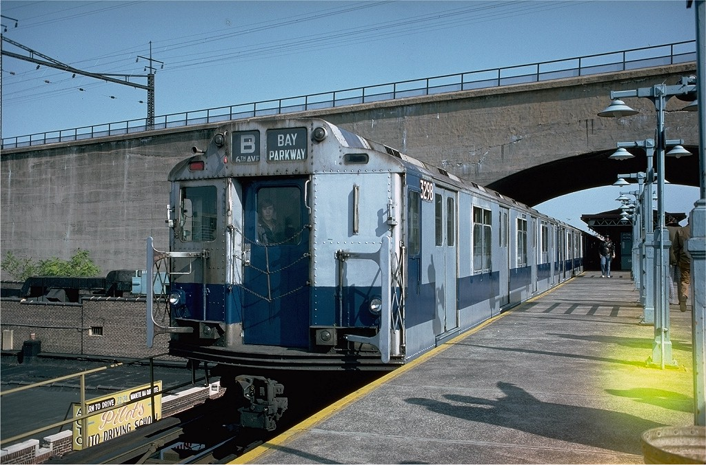 (252k, 1024x675)<br><b>Country:</b> United States<br><b>City:</b> New York<br><b>System:</b> New York City Transit<br><b>Line:</b> BMT Astoria Line<br><b>Location:</b> Ditmars Boulevard <br><b>Route:</b> Fan Trip<br><b>Car:</b> R-10 (American Car & Foundry, 1948) 3298 <br><b>Photo by:</b> Doug Grotjahn<br><b>Collection of:</b> Joe Testagrose<br><b>Date:</b> 10/23/1976<br><b>Viewed (this week/total):</b> 4 / 4401