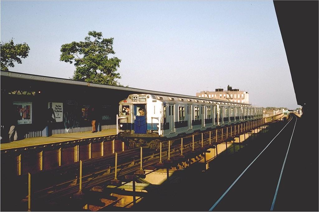 (189k, 1024x682)<br><b>Country:</b> United States<br><b>City:</b> New York<br><b>System:</b> New York City Transit<br><b>Line:</b> BMT Nassau Street/Jamaica Line<br><b>Location:</b> 75th Street/Elderts Lane <br><b>Route:</b> Fan Trip<br><b>Car:</b> R-10 (American Car & Foundry, 1948) 3298 <br><b>Photo by:</b> Steve Zabel<br><b>Collection of:</b> Joe Testagrose<br><b>Date:</b> 10/23/1976<br><b>Viewed (this week/total):</b> 1 / 4431