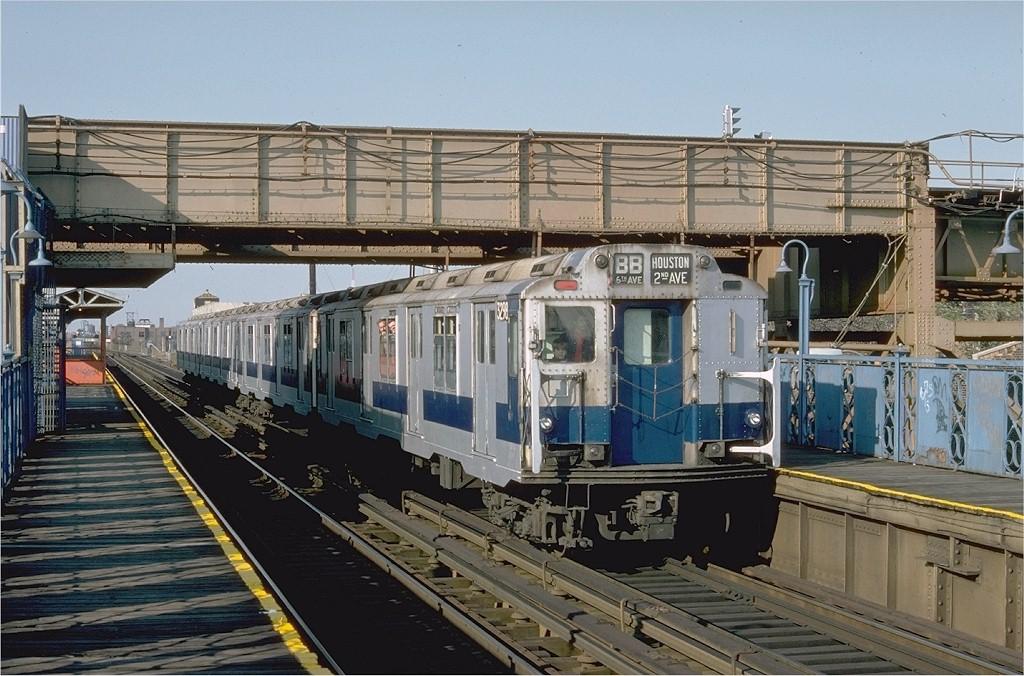 (221k, 1024x676)<br><b>Country:</b> United States<br><b>City:</b> New York<br><b>System:</b> New York City Transit<br><b>Line:</b> BMT Canarsie Line<br><b>Location:</b> Livonia Avenue <br><b>Route:</b> Fan Trip<br><b>Car:</b> R-10 (American Car & Foundry, 1948) 3298 <br><b>Photo by:</b> Doug Grotjahn<br><b>Collection of:</b> Joe Testagrose<br><b>Date:</b> 10/23/1976<br><b>Viewed (this week/total):</b> 4 / 4256
