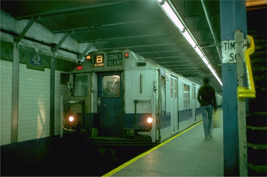 (177k, 1024x680)<br><b>Country:</b> United States<br><b>City:</b> New York<br><b>System:</b> New York City Transit<br><b>Line:</b> BMT Broadway Line<br><b>Location:</b> Times Square/42nd Street <br><b>Route:</b> Fan Trip<br><b>Car:</b> R-10 (American Car & Foundry, 1948) 3298 <br><b>Photo by:</b> Doug Grotjahn<br><b>Collection of:</b> Joe Testagrose<br><b>Date:</b> 10/23/1976<br><b>Viewed (this week/total):</b> 3 / 6025