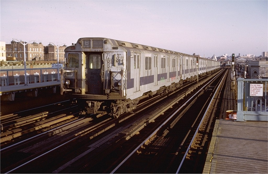 (201k, 1024x664)<br><b>Country:</b> United States<br><b>City:</b> New York<br><b>System:</b> New York City Transit<br><b>Line:</b> BMT West End Line<br><b>Location:</b> 20th Avenue <br><b>Route:</b> B<br><b>Car:</b> R-10 (American Car & Foundry, 1948) 3311 <br><b>Photo by:</b> Doug Grotjahn<br><b>Collection of:</b> Joe Testagrose<br><b>Date:</b> 11/23/1974<br><b>Viewed (this week/total):</b> 8 / 4228