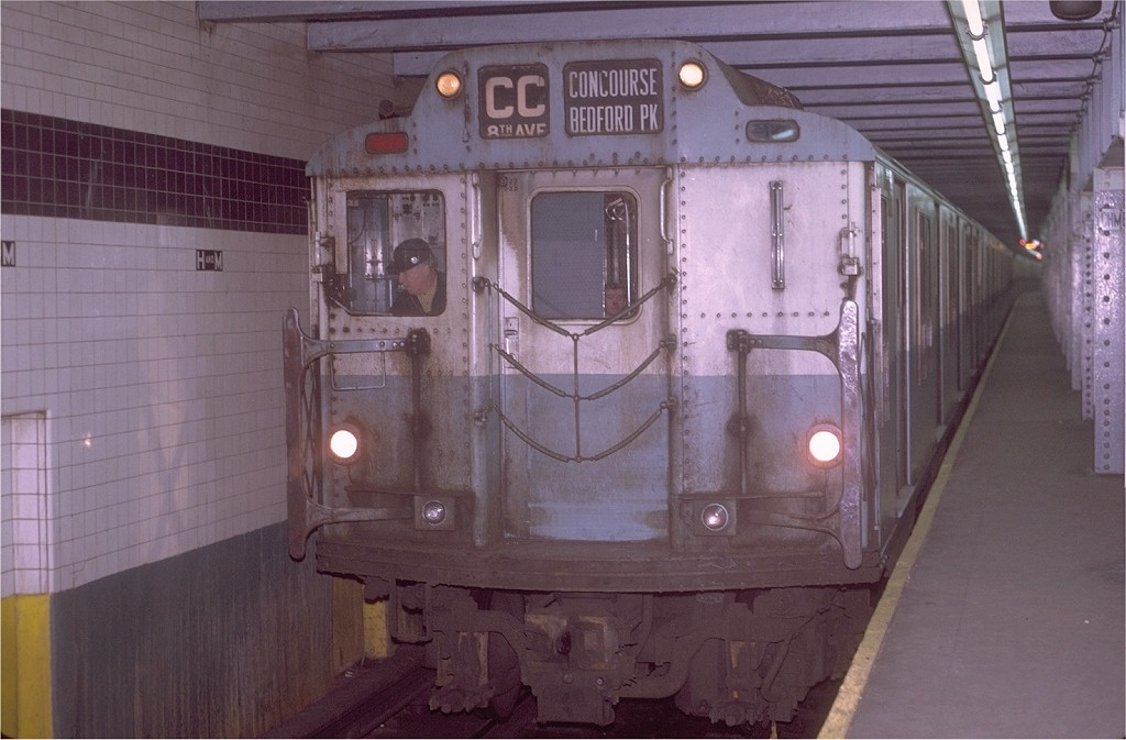 (160k, 1024x673)<br><b>Country:</b> United States<br><b>City:</b> New York<br><b>System:</b> New York City Transit<br><b>Line:</b> IND 8th Avenue Line<br><b>Location:</b> Chambers Street/World Trade Center <br><b>Route:</b> CC<br><b>Car:</b> R-10 (American Car & Foundry, 1948) 3331 <br><b>Photo by:</b> Joe Testagrose<br><b>Date:</b> 11/23/1970<br><b>Viewed (this week/total):</b> 4 / 3565