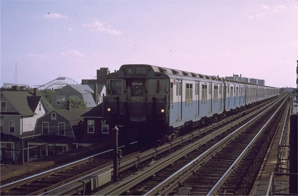 (194k, 1024x675)<br><b>Country:</b> United States<br><b>City:</b> New York<br><b>System:</b> New York City Transit<br><b>Line:</b> IND Rockaway<br><b>Location:</b> Beach 90th Street/Holland <br><b>Route:</b> A<br><b>Car:</b> R-10 (American Car & Foundry, 1948) 3332 <br><b>Photo by:</b> Joe Testagrose<br><b>Date:</b> 7/7/1971<br><b>Viewed (this week/total):</b> 2 / 3560