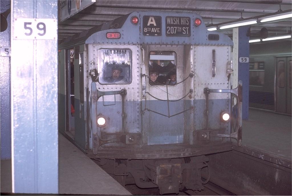 (170k, 1024x690)<br><b>Country:</b> United States<br><b>City:</b> New York<br><b>System:</b> New York City Transit<br><b>Line:</b> IND 8th Avenue Line<br><b>Location:</b> 59th Street/Columbus Circle <br><b>Route:</b> A<br><b>Car:</b> R-10 (American Car & Foundry, 1948) 3332 <br><b>Photo by:</b> Joe Testagrose<br><b>Date:</b> 11/27/1970<br><b>Viewed (this week/total):</b> 7 / 4047