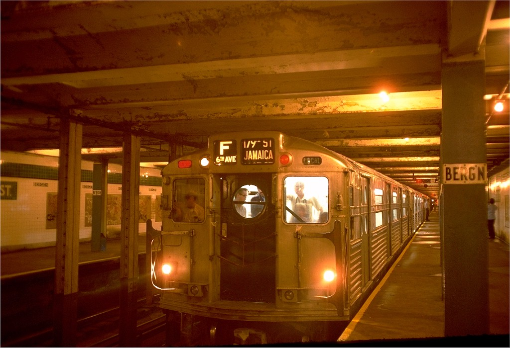 (170k, 1024x700)<br><b>Country:</b> United States<br><b>City:</b> New York<br><b>System:</b> New York City Transit<br><b>Line:</b> IND Crosstown Line<br><b>Location:</b> Bergen Street-Lower Level<br><b>Route:</b> Fan Trip<br><b>Car:</b> R-11 (Budd, 1949) 8013 <br><b>Photo by:</b> Doug Grotjahn<br><b>Collection of:</b> Joe Testagrose<br><b>Date:</b> 9/21/1975<br><b>Viewed (this week/total):</b> 14 / 15185