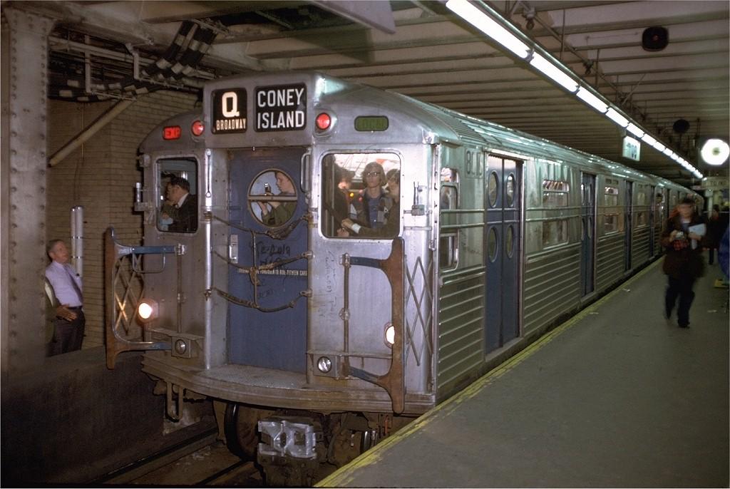 (186k, 1024x686)<br><b>Country:</b> United States<br><b>City:</b> New York<br><b>System:</b> New York City Transit<br><b>Line:</b> BMT Nassau Street/Jamaica Line<br><b>Location:</b> Essex Street <br><b>Route:</b> Fan Trip<br><b>Car:</b> R-11 (Budd, 1949) 8016 <br><b>Photo by:</b> Doug Grotjahn<br><b>Collection of:</b> Joe Testagrose<br><b>Date:</b> 10/21/1972<br><b>Viewed (this week/total):</b> 1 / 6085