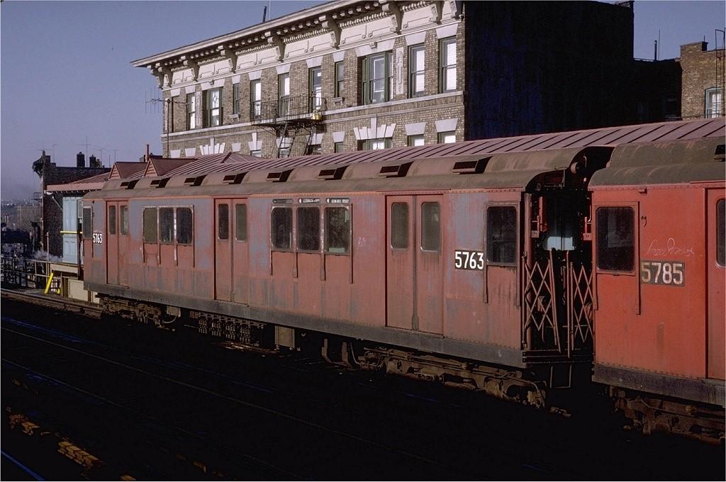 (195k, 1024x680)<br><b>Country:</b> United States<br><b>City:</b> New York<br><b>System:</b> New York City Transit<br><b>Line:</b> 3rd Avenue El<br><b>Location:</b> 204th Street <br><b>Route:</b> 8<br><b>Car:</b> R-12 (American Car & Foundry, 1948) 5763 <br><b>Photo by:</b> Joe Testagrose<br><b>Date:</b> 2/6/1971<br><b>Viewed (this week/total):</b> 0 / 3295