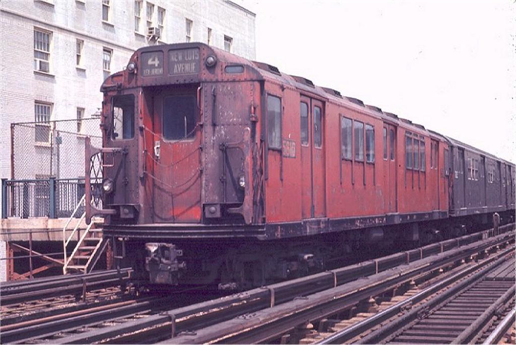 (188k, 1024x685)<br><b>Country:</b> United States<br><b>City:</b> New York<br><b>System:</b> New York City Transit<br><b>Line:</b> IRT Woodlawn Line<br><b>Location:</b> 183rd Street <br><b>Route:</b> 4<br><b>Car:</b> R-14 (American Car & Foundry, 1949) 5810 <br><b>Photo by:</b> Joe Testagrose<br><b>Date:</b> 5/9/1970<br><b>Viewed (this week/total):</b> 7 / 3422